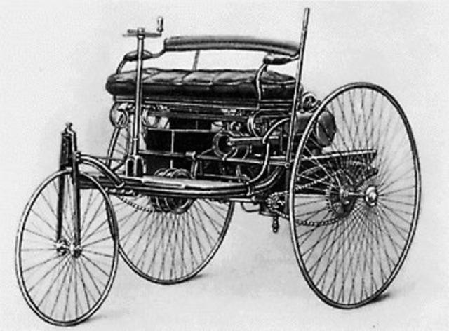 Karl Benz solicitó la patente primer automóvil de la historia.