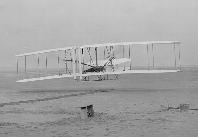 Primer vuelo de avión - Hermanos Wright