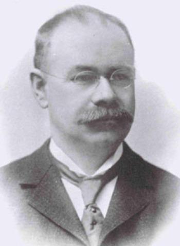 Herman Hollerith creó la máquina automática de tarjetas perforadas