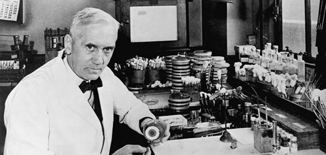 Sir Alexander Fleming Discovered penecillin in 1928