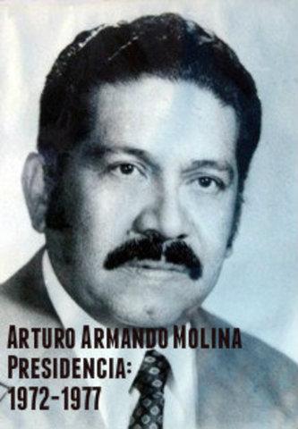 Arturo Armando Molina