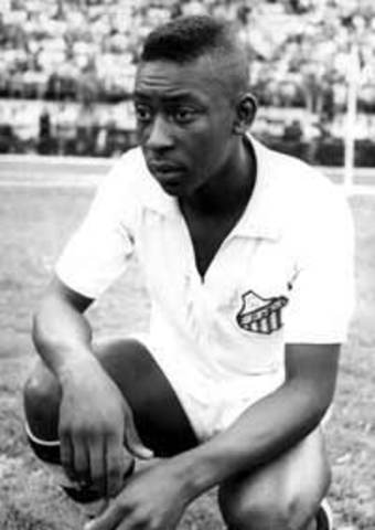 Pele joins Santos football team