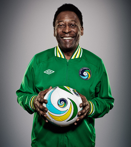 Pele joins the New York Cosmos