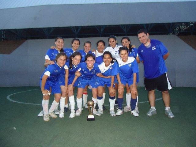 Equipo de futbol Femenil