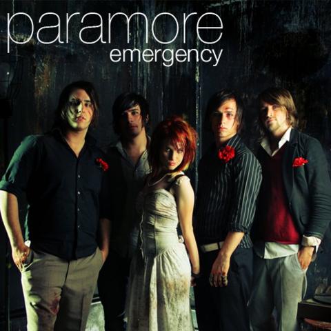 Lanzamiento del segundo single de su primer álbum: Emergency