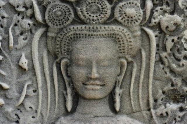 Suryavarman became the uncontested king