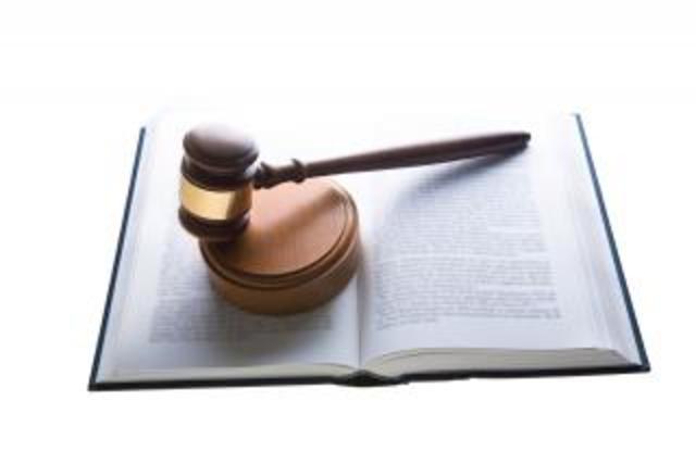 Ley 38 / 1989 (compilada en el Decreto 111 de 1996)  Art. 27° y 32°