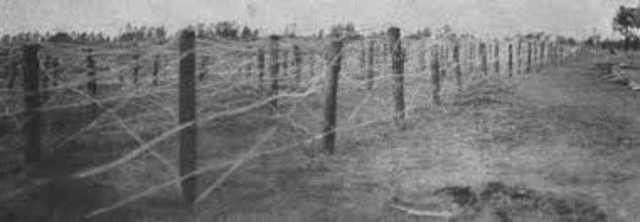 Joseph E. Glidden creates barbed wire.