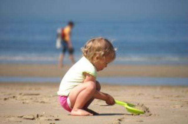 Primeras vacaciones en la playa.