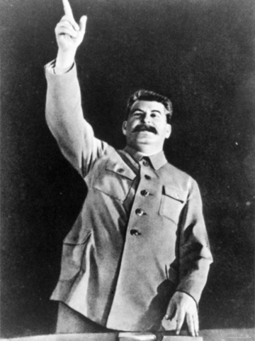hitler stalin rise to power comparison Essay question: compare and contrast the rise to power of two rulers of single party states was of corruption the difference of the crises meant that they had a different target audience this is also an oppournity to point out that hitler did not have the privilege to enjoy the middle class and .