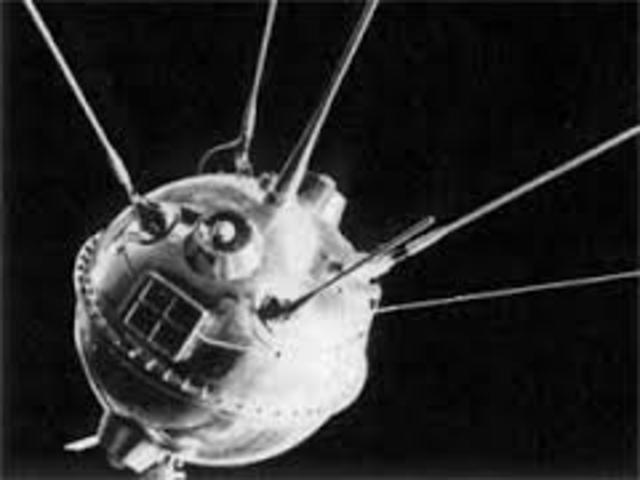 First man-made satalite to orbit the moon