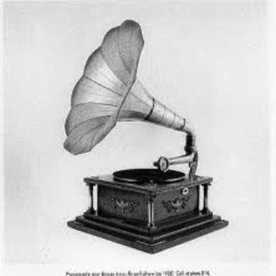 Le phonographe  timeline