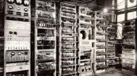 Historia Del Internet,Historia del Computador y sus generaciones. timeline