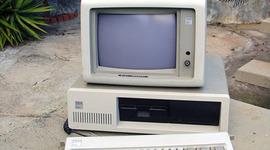 Historia del computador, internet y primera experiencia con un computador timeline