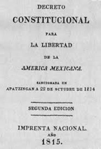 Decreto Constitucional de la America Mexicana consagra la libertad de comercio e industria.