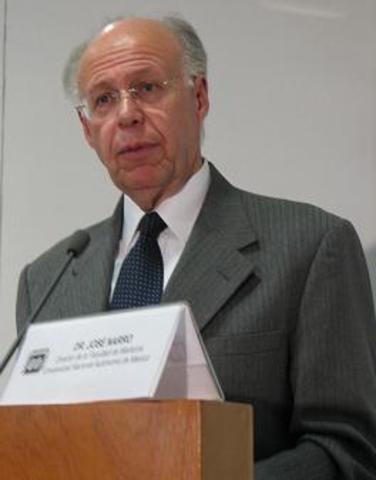 Rector: José Ramón Narro Robles