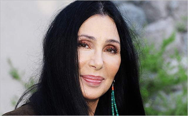 Cher sings at superbowl