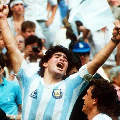 Biografía de Diego Armando Maradona timeline