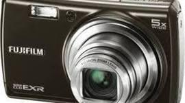 在淘宝上购买数码相机富士F200,1698元 timeline