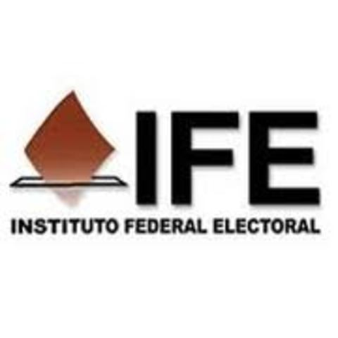 Se crea el Instituto Federal Electoral (IFE)