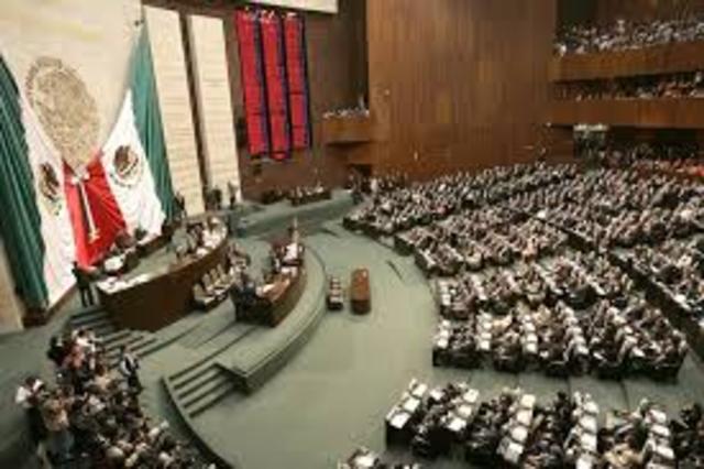PRI pierde mayoría absoluta en la Cámara de Diputados