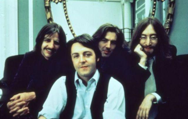 Tras la muerte de Brian Epstein Paul, George y Lennon sus diferencias fueron mas notorias