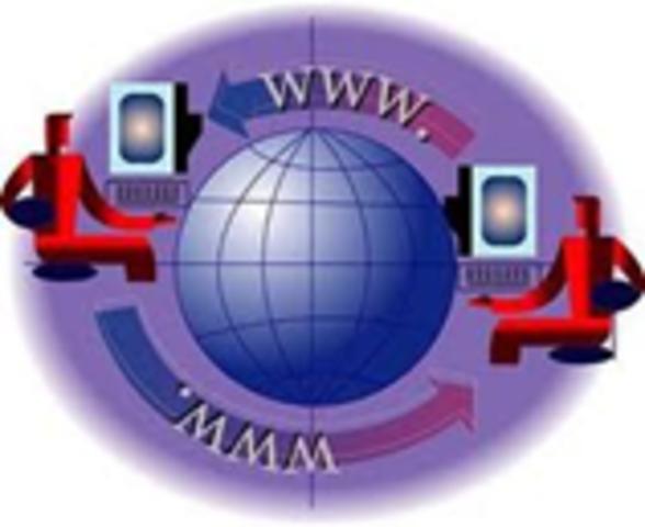 Se crea World Wide Web (WWW).Tim Berners-Lee desarrolla elcódigo para WWW