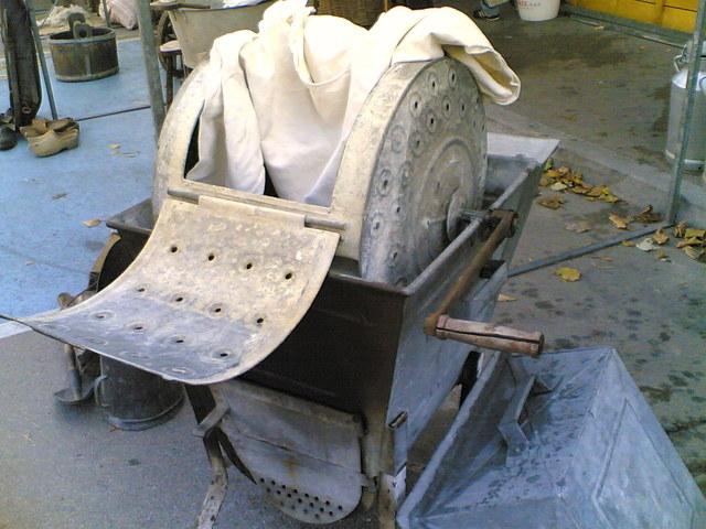 La première machine à laver