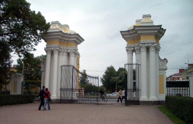 Главная загородная резеденция Петергоф.