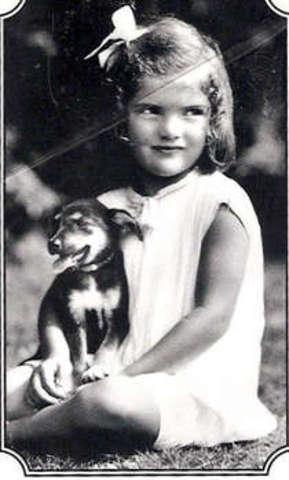 Jacqueline Bouvier is born