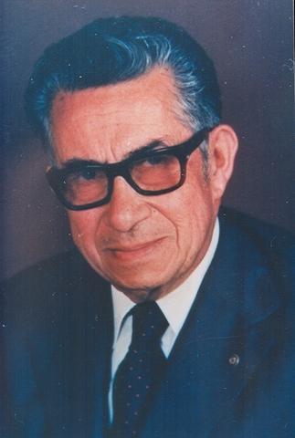 Manuel González Flores inventó los pilotes de control