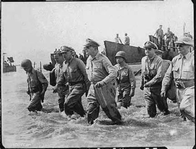 MacArthur returns to the Philippines
