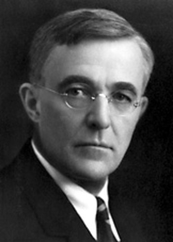 Irving Langmuir was born