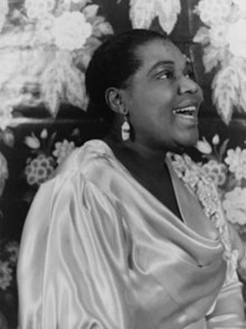 Bessie Smith's first session