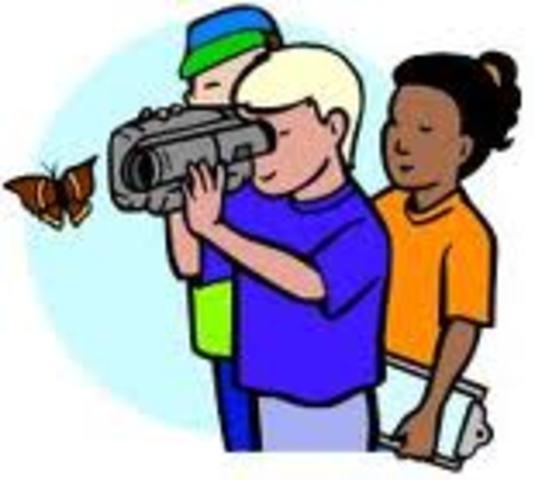 El quinto momento lo determina las nuevas visiones de la tecnología educativa