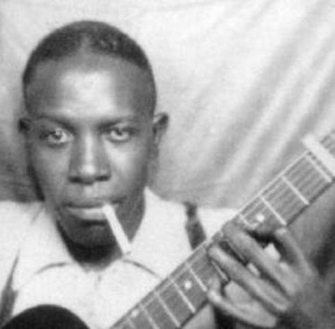 Robert Johnson born