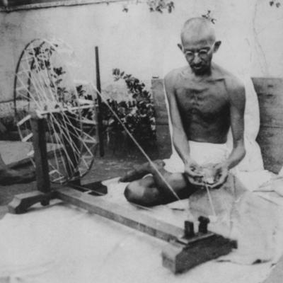 Gandhi ways to becom a Leader timeline