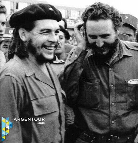 Castro Meets Che Guevara