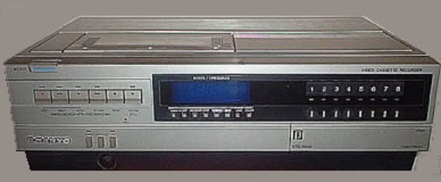 Vcr and vhs timeline timetoast timelines the vcr in the uk starts to take off publicscrutiny Choice Image