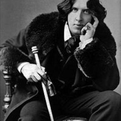 Oscar Wilde By Harriet Miles timeline