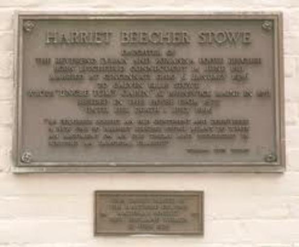 Harriet Beecher Stowe Passes Away