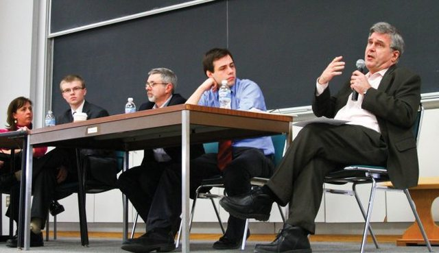 Journalistic ethics forum