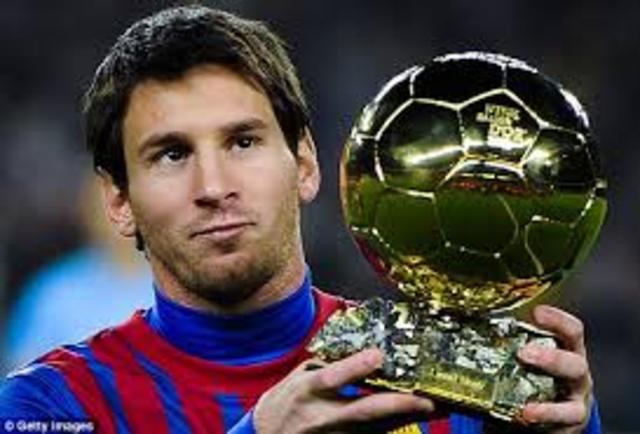 LIONEL MESSI BALLON GOLD