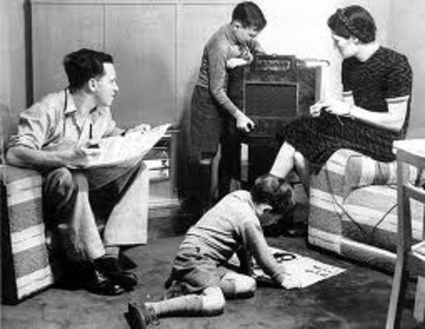 Scheduled radio entertainment