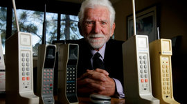 From WWII to Your Backpocket: A Mobile Phone Timeline