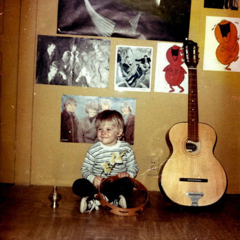 Cobain's family had a musical and artistic background