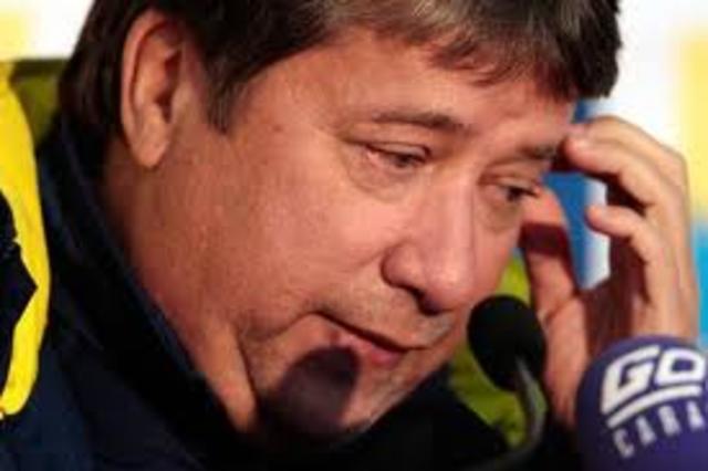 RENUNCIA DEL BOLILLO GOMEZ