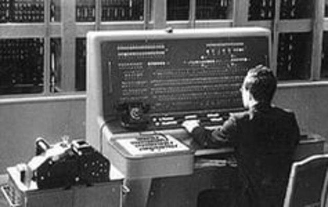 """1  поколение """"Малая электронная счетная машина"""""""