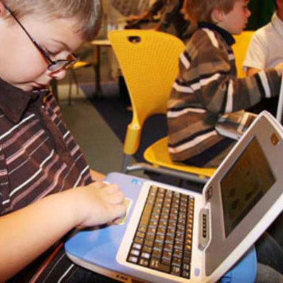 El Planeamiento Educacional en el Proceso de Descentralización Nacional. La Regionalización del Sistema Escolar timeline