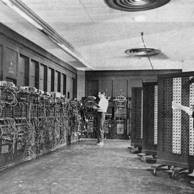 De l'ENIAC al supercomputador timeline